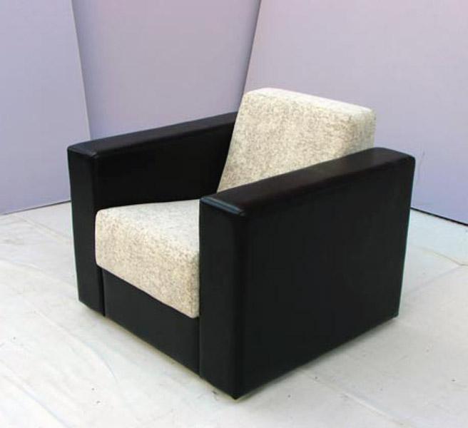 Fiksna fotelja klub 01